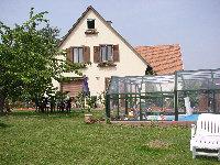 Détails : Week end romantique et gastronomique en Alsace (Bas Rhin). Chambres d'hôtes en Alsace avec piscine.