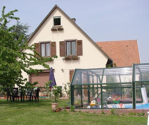 Chambres d 39 h tes en alsace avec piscine g te de la tulipe - Chambre d hotes en alsace avec piscine ...